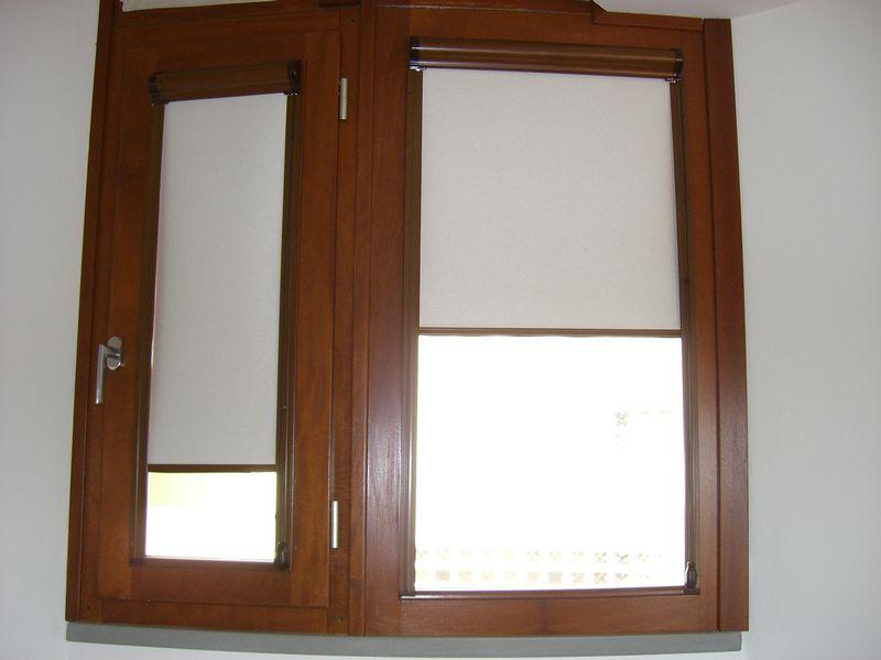 Aral tendaggi scheda prodotto tende tecniche oscuranti - Pellicole oscuranti per finestre ...
