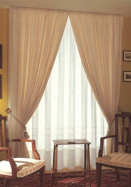 Bastoni per tende con corda decorare la tua casa for Tende senza bastone